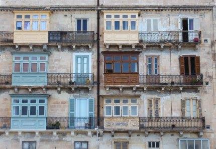 I tradizionali balconi maltesi